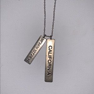 Jewelry - California necklace
